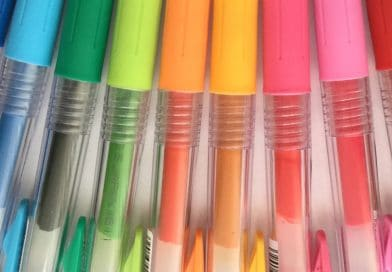 pens with different ink and body colors